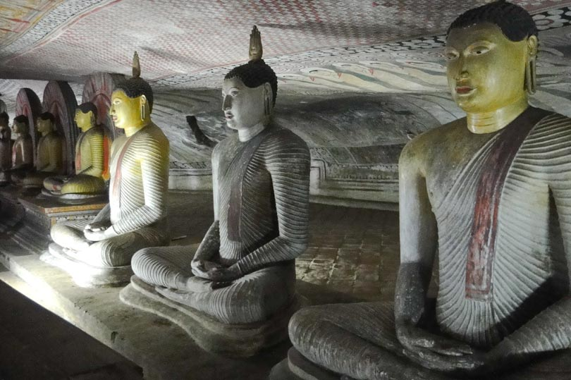 dambulla-rock-caves-c
