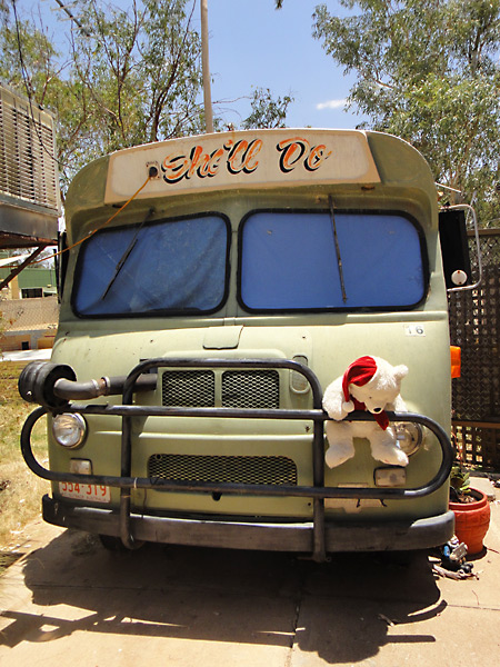 Betty Boop Bus - Quirky accommodation in Alice Springs