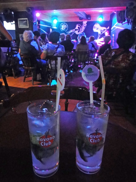 Mojitos and jazz are a winning combo at Havana's La Zorra y el Cuervo