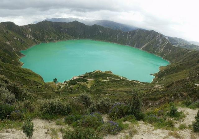 Quilotoa Lagoon - Travel Ecuador | Quirutoa