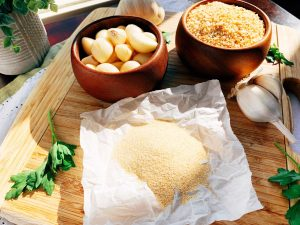 Garlic 3 ways closeup