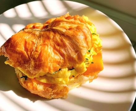 White Truffle Egg & Cheddar Croissant Sandwich
