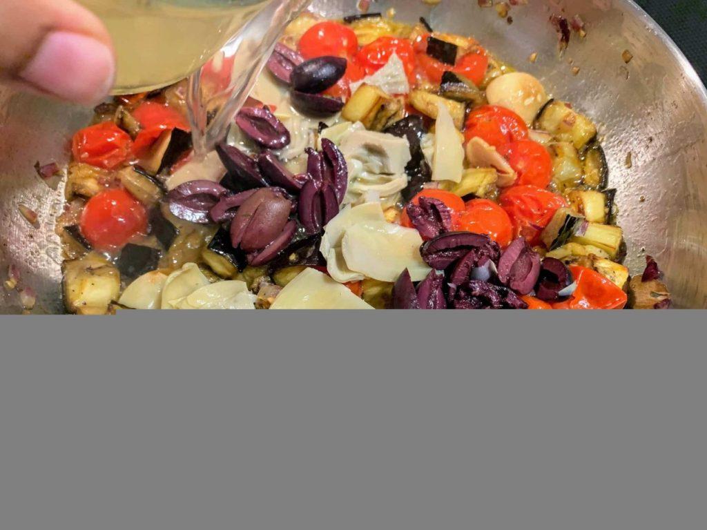 Mediterranean Vegetable Pasta_add veggies _stock