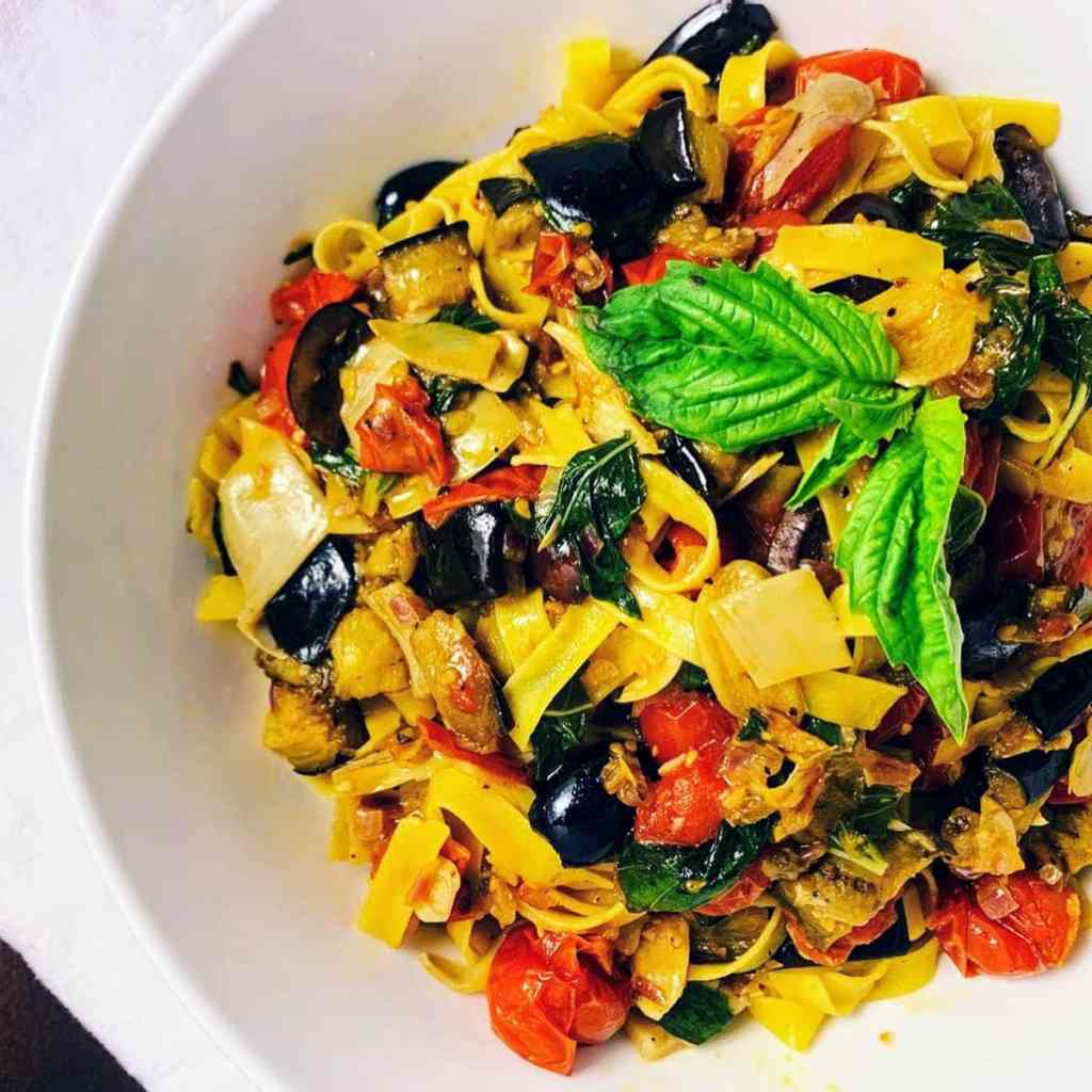 Mediterranean Vegetable Pasta_topview