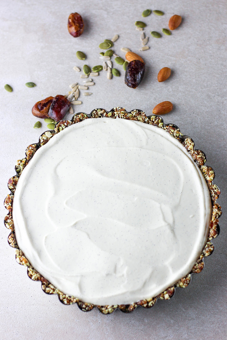 Lime and vanilla vegan cheesecake (vegan and gluten free).