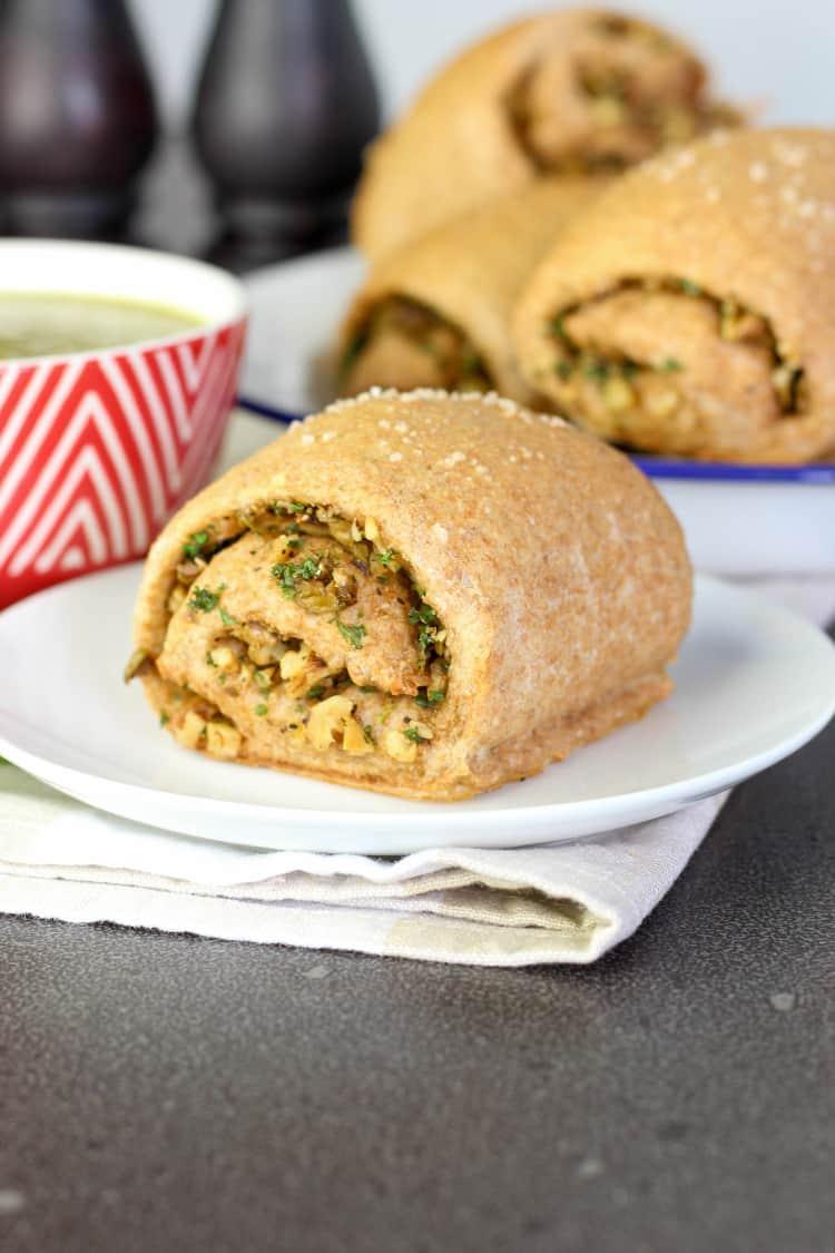 Walnut and olive spelt bread rolls.