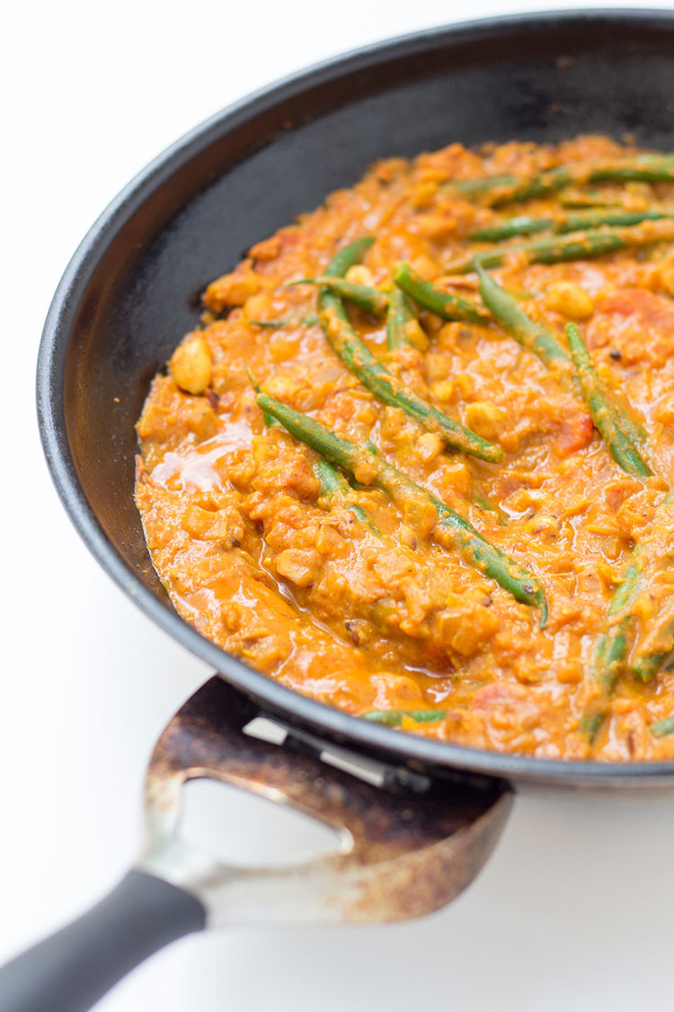 Peanut and green bean curry.