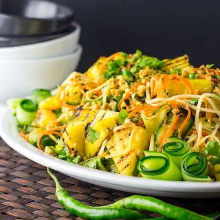 Thai noodle salad with grilled pineapple