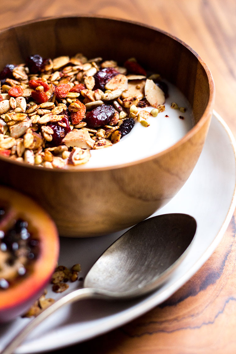 Eat your reds granola with beetroot and berries (vegan and gluten free).