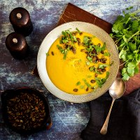 Sweet potato soup with tamari pumpkin seeds
