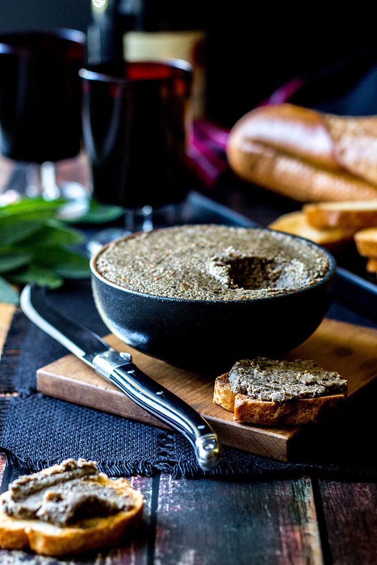 Mushroom and hazelnut vegan pate (gluten free).