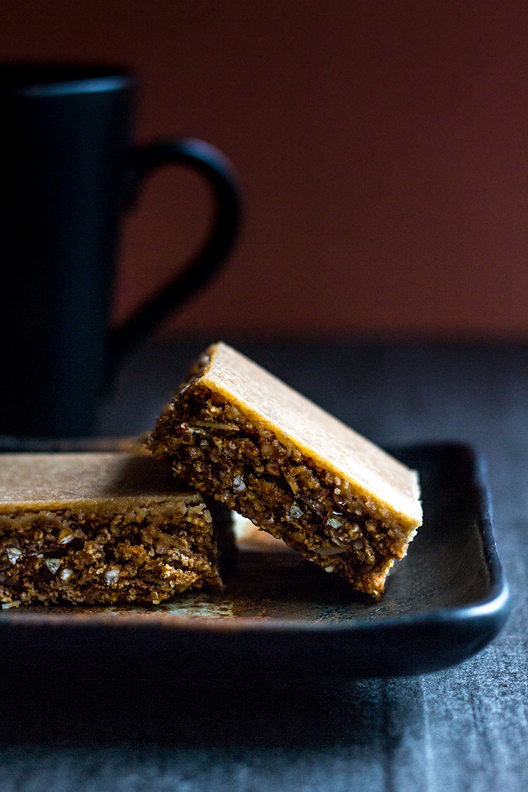 Coffee granola slice (vegan and gluten free).