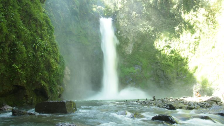 Tapia falls