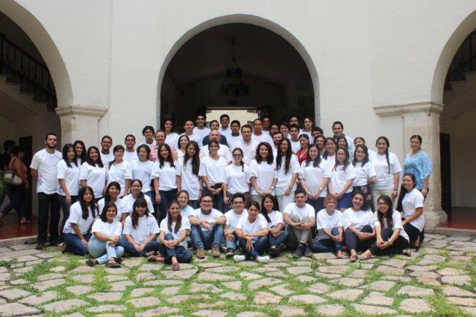 GRUPO ESTUDIANTES DE MOVILIDAD 2