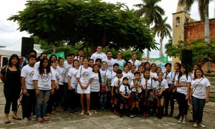 Jóvenes voluntarios promueven el cuidado del medio ambiente