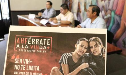 """Voluntariado Universitario lanza campaña """"AHFérrate a la VIHda"""""""