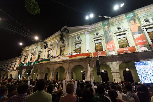 Yucatecos conmemoran el 207 aniversario del inicio de la lucha por la Independencia Nacional