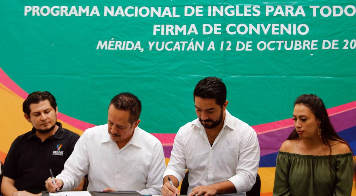 """Ponen el """"Inglés en tus manos"""""""