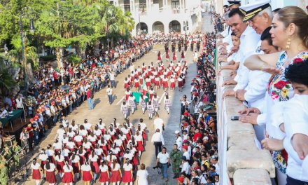 Así fue el desfile Cívico Militar por el 208 aniversario del inicio de la Independencia