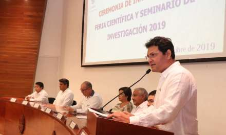 UADY realiza Feria Científica y Seminario de Investigación