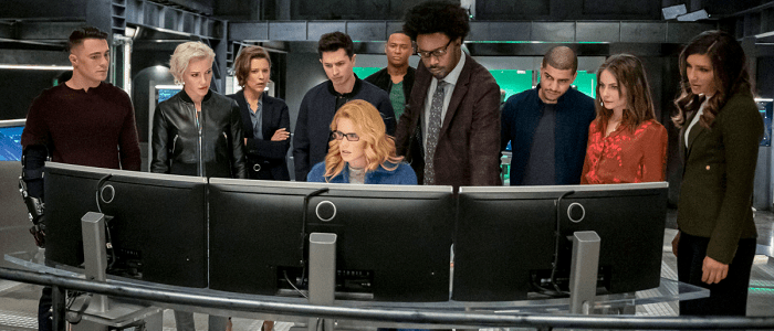 "Official Description & Promo Images For The Arrow Finale ""Fadeout"""