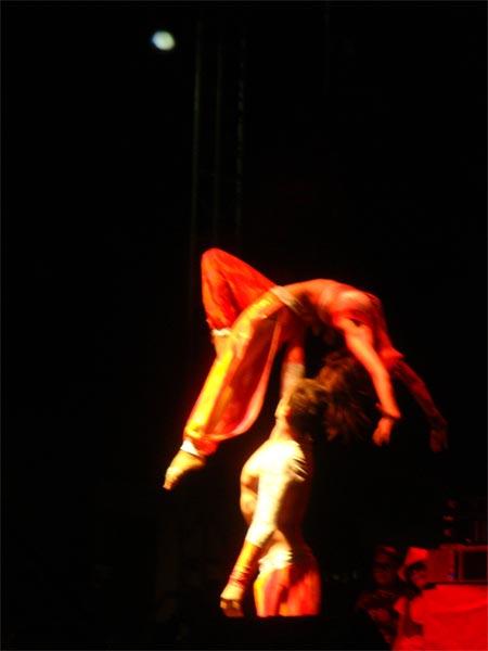 Acrodúo acróbatas Leganés apodo del Diablo