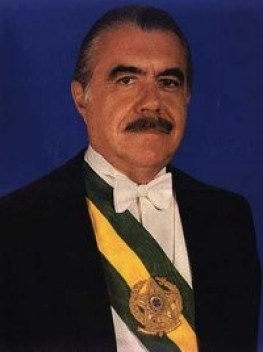 José Sarney Famoso político