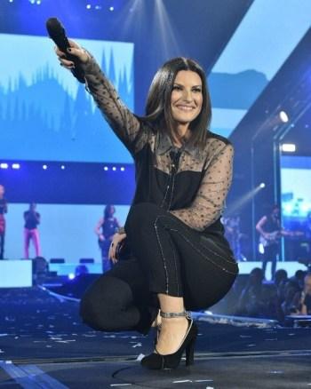 foto da cantora italiana Laura Pausini