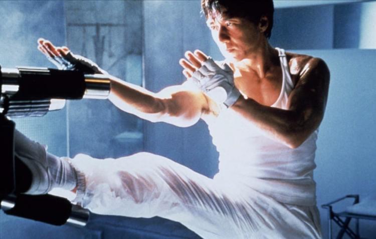 cena do filme o grande desafio estrelado por  Jackie Chan