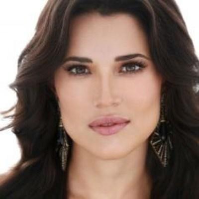 foto da atriz Manuela do Monte
