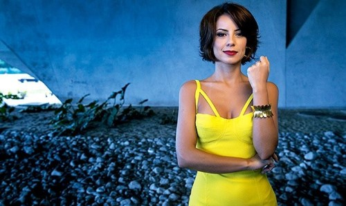 foto da atriz famosa Andreia Horta