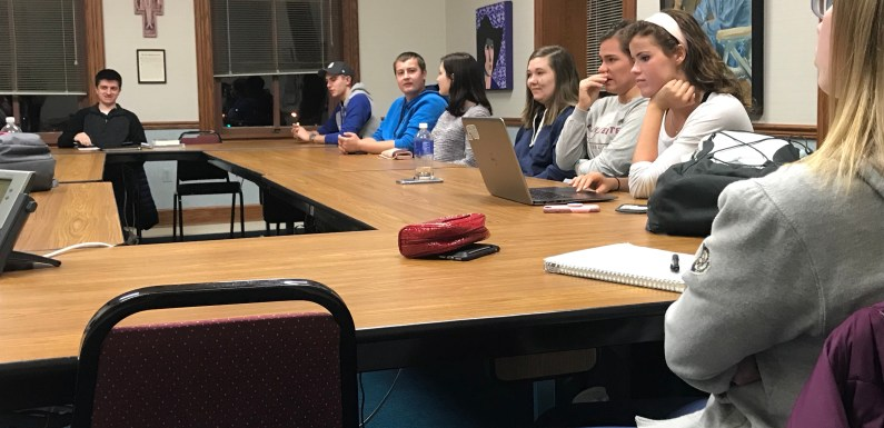 SGA Discusses Funds for Inaugural Banquet
