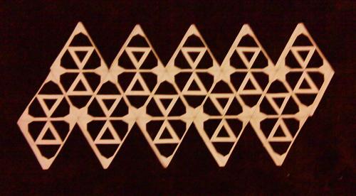 Pattern cut into Icosahedron template