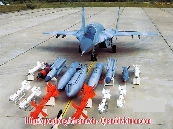 Trang bị vũ khí của máy bay chiến đấu MIG-29 Fumcrum của Nga - Russian MIG-29 Fulcrum fighter aircraft weapons load