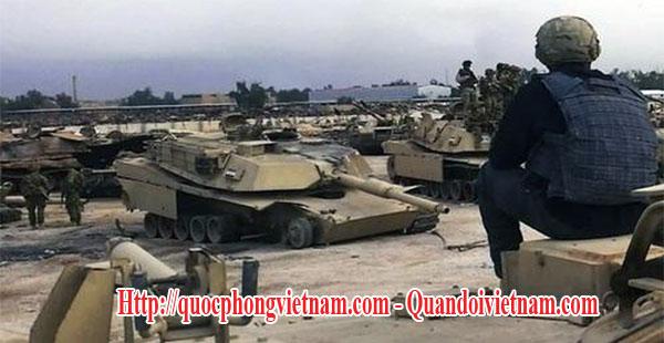 Nghĩa địa xe tăng M1A1 Abrams tại Iraq