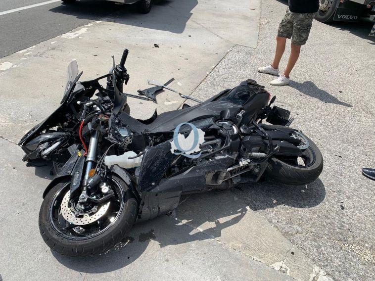 Grave incidente sul rettilineo per Macchia d'Isernia, ferito un motociclista (FOTO)