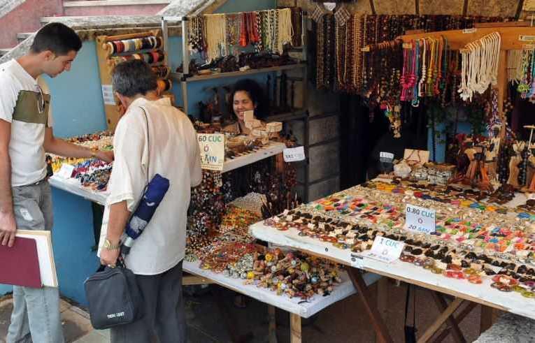 El emprendimiento cubano en la Convocatoria del PCC