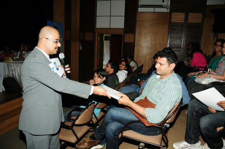 At the other end, audience prize at the Nobel Quiz, Bangalore (2012)