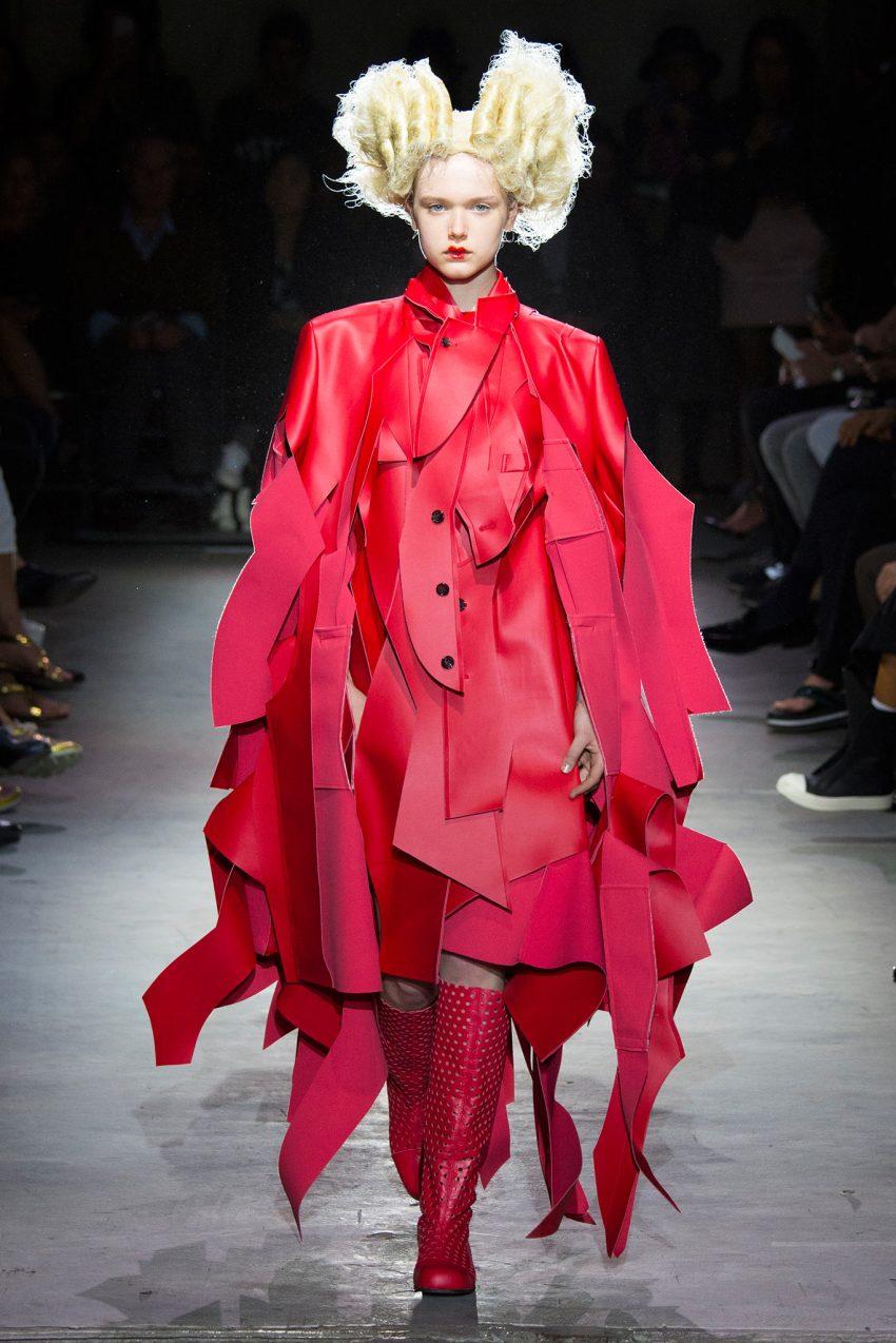 Comme des Garcons Spring 2015 Paris Fashion Show