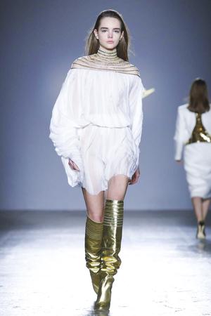 Genny Fall 2017 Milan Fashion Week Show