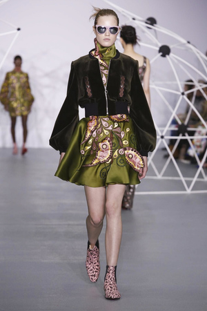 Holly Fulton Fashion Show, Ready To Wear Collection Fall Winter 2016 in London