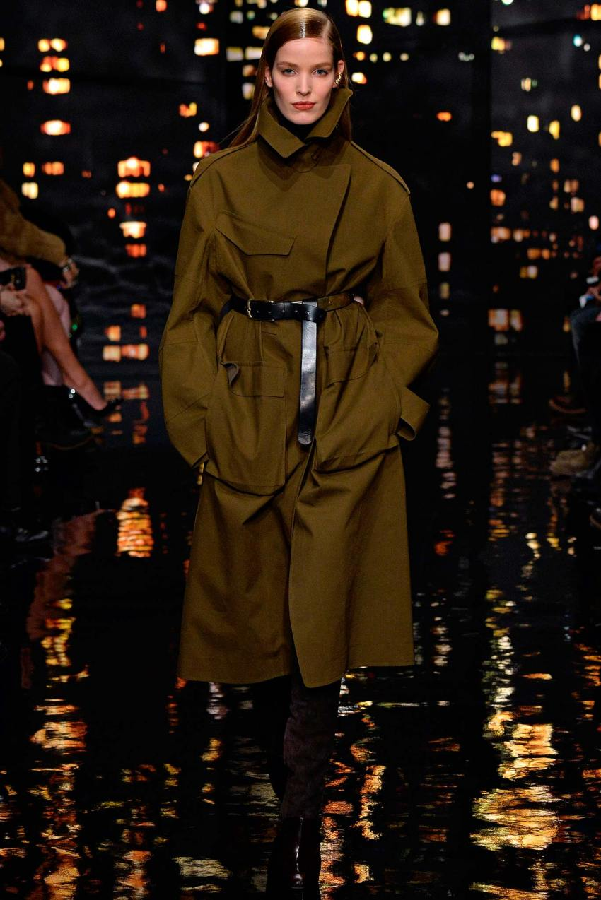 Donna Karan Fall 2015 New York Fashion Week Show