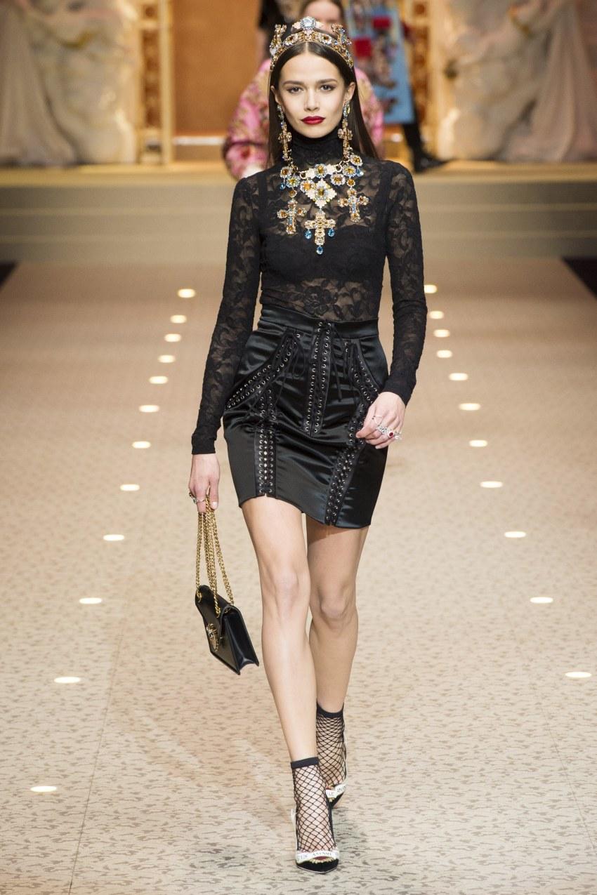 Dolce & Gabbana Fall 2018 Milan Fashion Week Show.