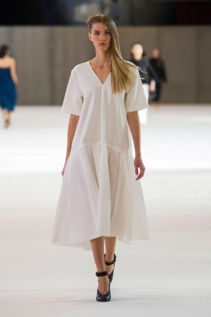Christophe Lemaire Spring 2015 Paris Fashion Show