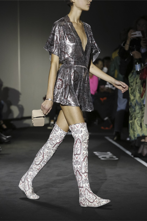 Paco Rabanne Spring 2018 Paris Fashion Week Show