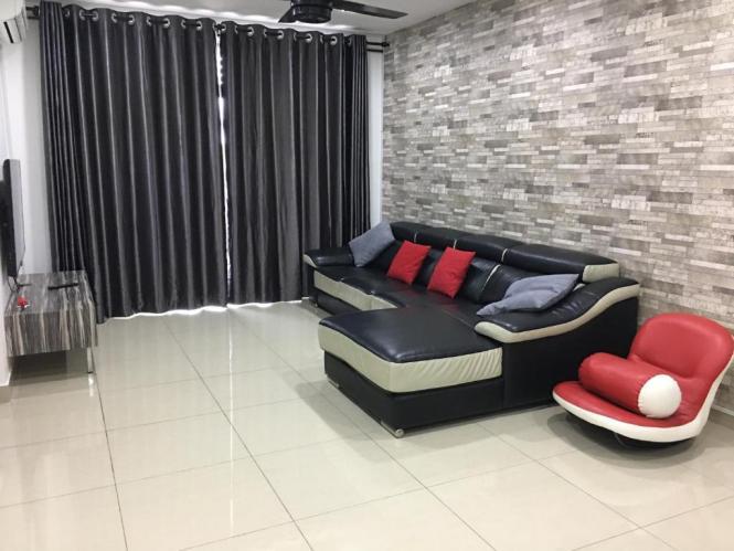 Eastbay Luxury Apartment Pangsapuri