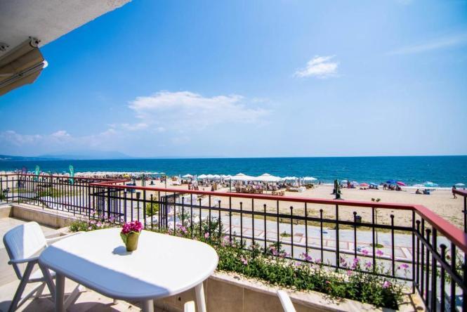 Beach Zoe Nea Vrasna Greece
