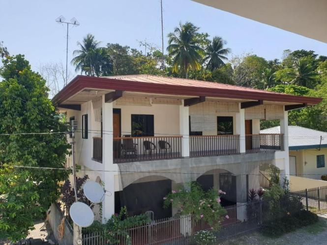 A Ious Apartment With Balcony And