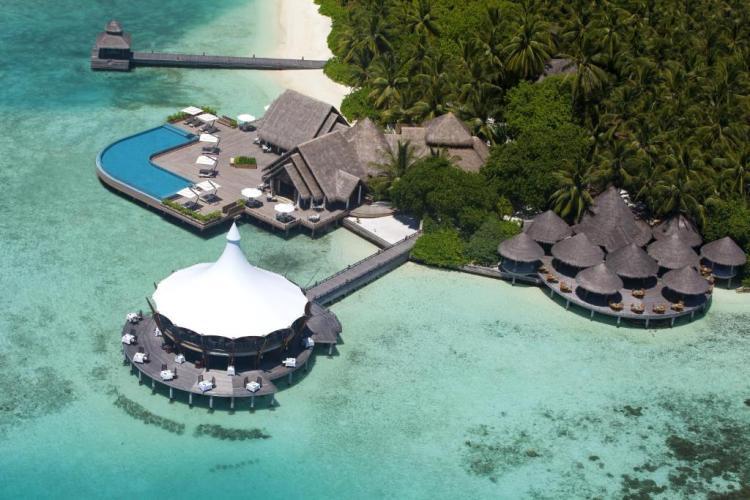 Отдых на Мальдивах в отеле Барос 5*