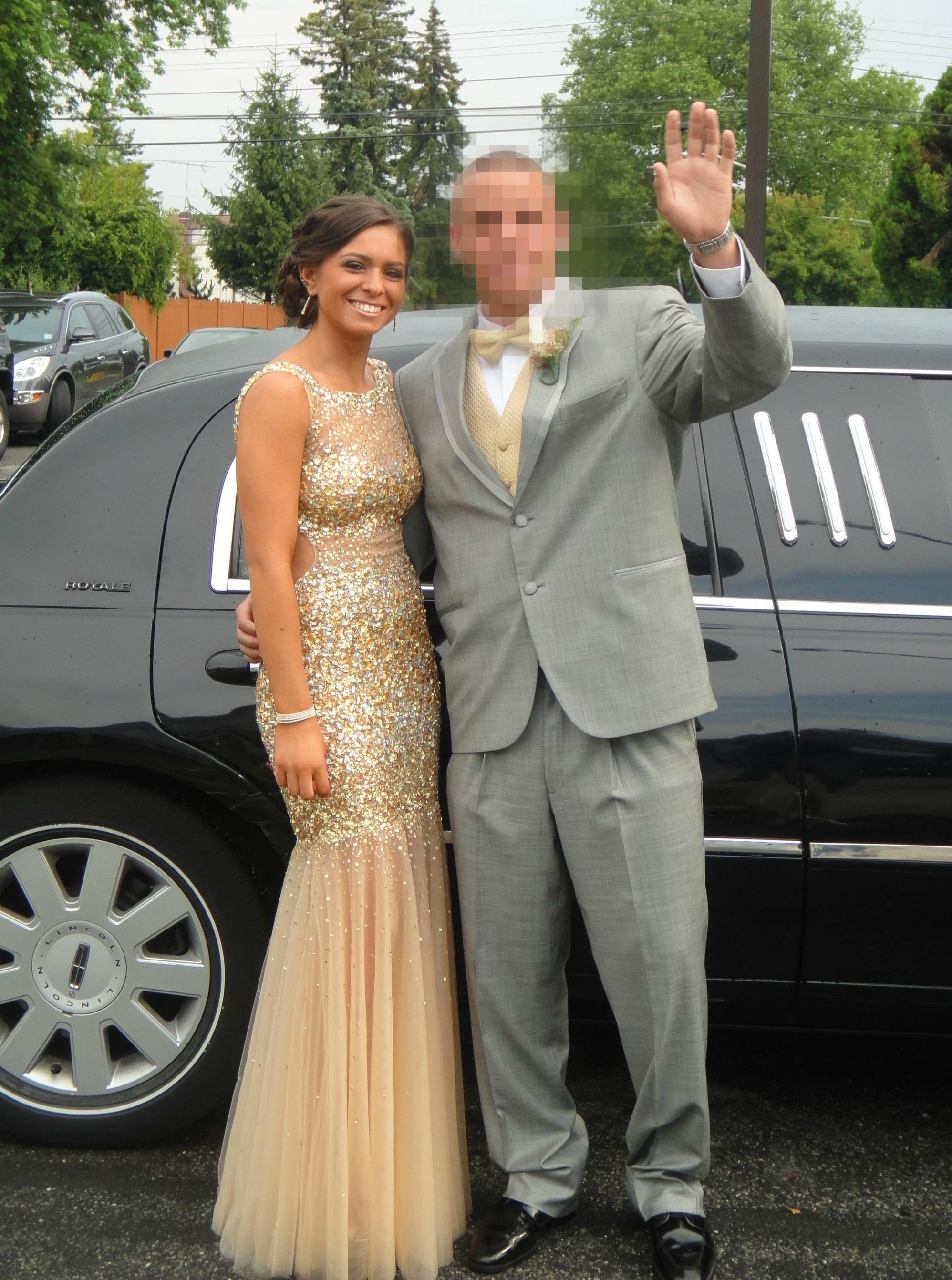 Long island medium daughters prom dress pictures